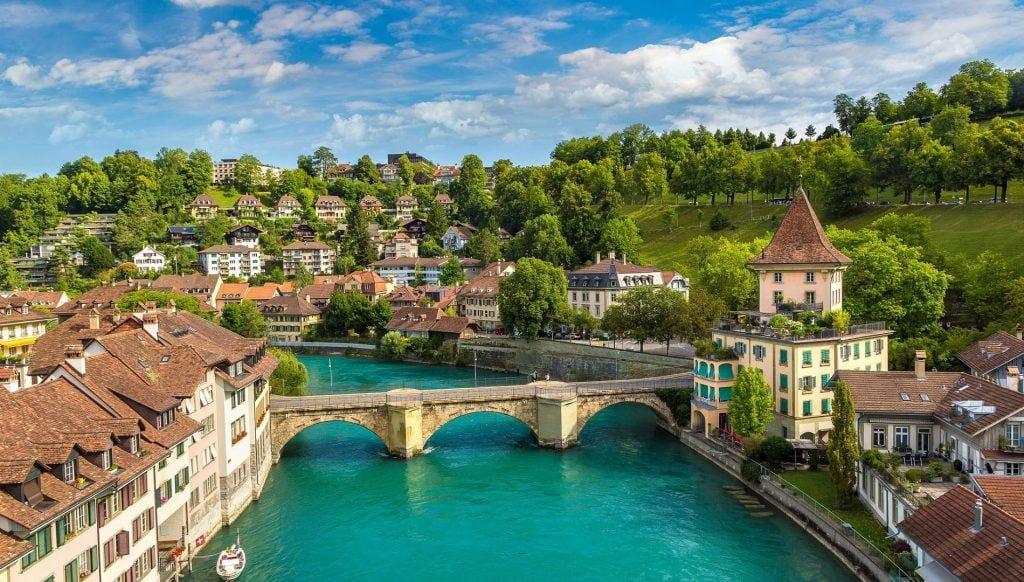 Moving-to-Svizzera